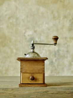 Old wooden coffee mill - RORF00433