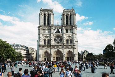 France, Paris, tourists visiting Notre Dame - GEM01259