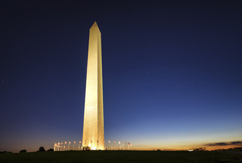 USA, Washington DC, National Mall, view to Washington Monument by night - SMAF00601