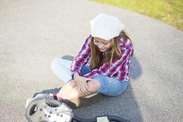 Skateboarder with injury - MAEF12057