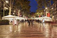 Spain, Barcelona, La Rambla at night - ABOF00118