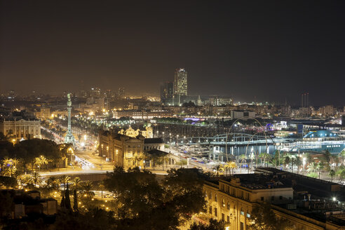 Spain, Barcelona, view to the lighted city at night - ABOF00124
