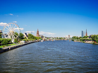 Germany, Frankfurt, view to the old city and Main River - KRPF02038