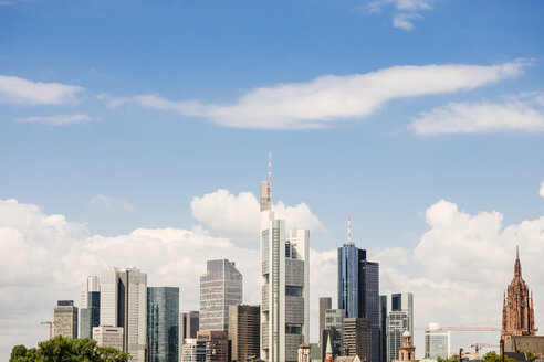 Germany, Frankfurt, view to skyline - KRPF02047