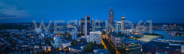 Germany, Frankfurt, view to the city in the evening from above - MPA00102 - Markus Pavlowsky/Westend61