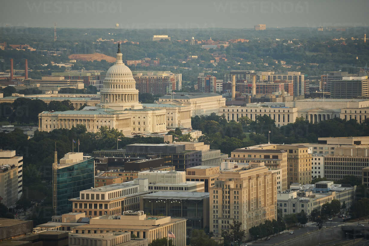 USA, Washington, D.C., Aerial photograph of the United States Capitol and the Federal Triangle - BCDF00261 - Cameron Davidson/Westend61