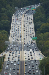 USA, Washington D.C., Aerial photograph of traffic on Interstate 495 - BCDF00267