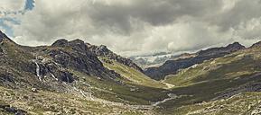 Italy, Lombardy, alpine valley near Lanzada - DWIF00814