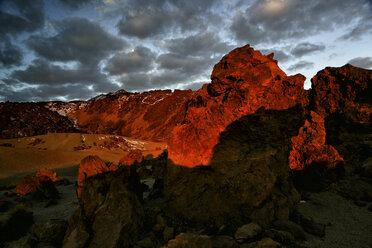 Spain, Tenerife, volcanic landscape at Teide National Park - DSGF01332