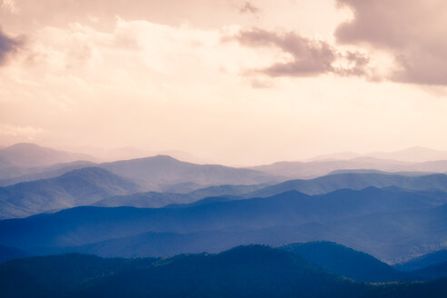 USA, Virginia, Blue Ridge Mountains at twilight - SMAF00619