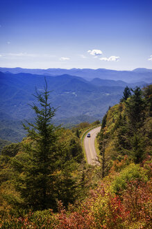 USA, North Carolina, Blue Ridge Mountains, car driving on Blue Ridge Parkway - SMAF00625