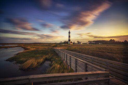 USA, North Carolina, Outer Banks, view to Bodie Island Lighthouse - SMAF00643