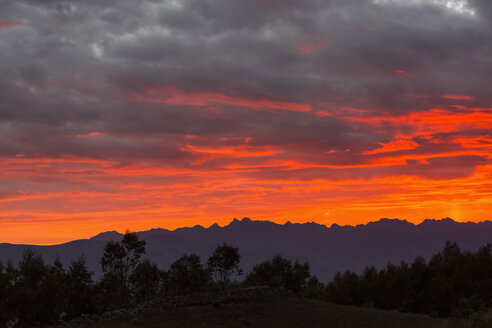 Peru, Andes, Cordillera Negra at sunset - FOF08547