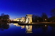 Spain, Madrid, Temple of Debod at night - DHCF00035