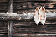 Pair of pumps on wood - ASCF00687