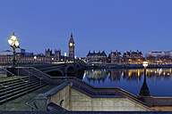 UK, London, River Thames, Big Ben, Houses of Parliament and Westminster Bridge at dusk - GFF00922
