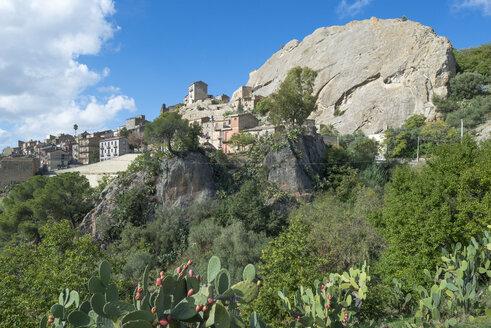 Italy, Sicily, Sperlinga - HWOF00212
