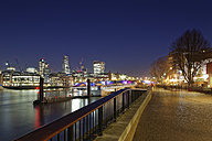 UK, London, skyline with lighted office towers at night - GFF00978
