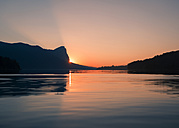 Austria, Mondsee, Lake Mondsee by sunset - WVF00793