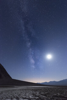 USA, California, Death Valley, Milky way and the moon over Badwater Basin - EPF00286