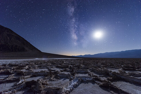 USA, California, Death Valley, Milky way and the moon over Badwater Basin - EPF00289