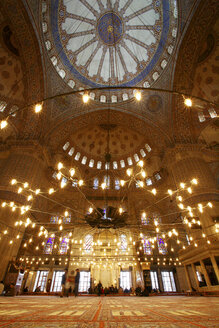 Turkey, Istanbul, indoor view of Blue Mosque - DSG01438