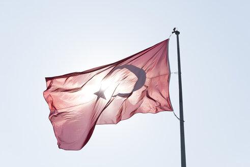 Blowing Turkish flag at backlight - SKAF00033