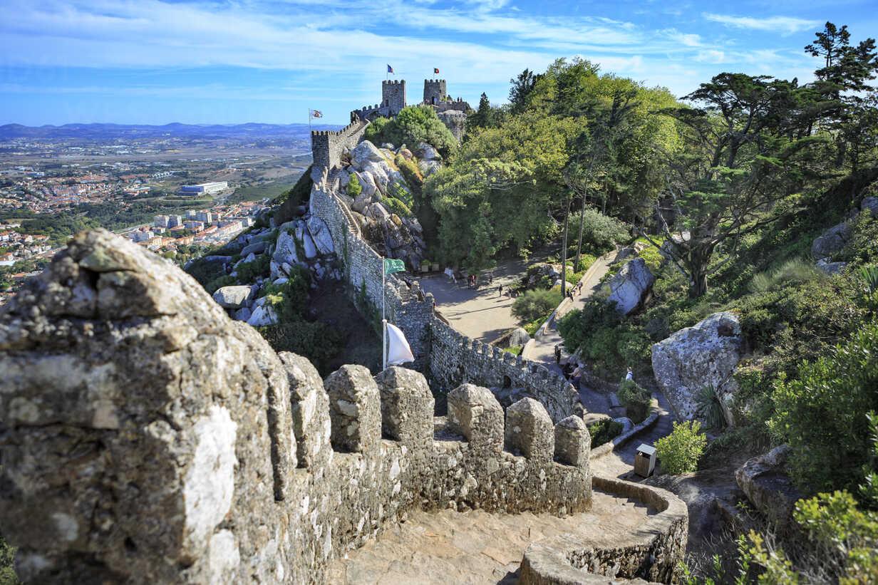 Portugal, Sintra, Castelo dos Mouros - VT00584 - Val Thoermer/Westend61