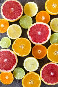 Sliced citrus fruits - SARF03177