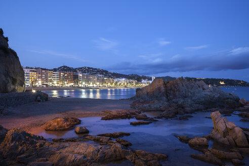 Spain, Catalonia, Lloret de Mar town on Costa Brava, beach and sea shore at night - ABOF00161