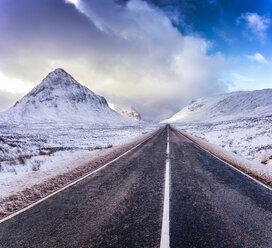 UK, Scotland, Glencoe, A92 road in winter - SMAF00673