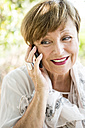 Portrait of senior woman on the phone - WESTF22666