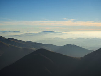 Italy, Marche, Apennines, view from Monte Catria - LOMF00508