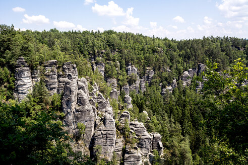 Germany, Saxony, Elbe Sandstone Mountains, Rock formations - LMF00591
