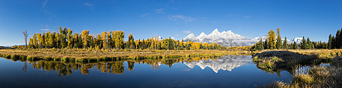 USA, Wyoming, Rocky Mountains, Teton Range, Grand Teton National Park, scenic - FOF08885