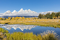 USA, Wyoming, Grand Teton National Park, view to Teton Range with Snake River in the foreground - FOF08895