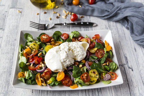 Plate of tomato salad with Burrata - SARF03197