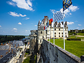 France, Amboise, view to Chateau d'Amboise - AM05288