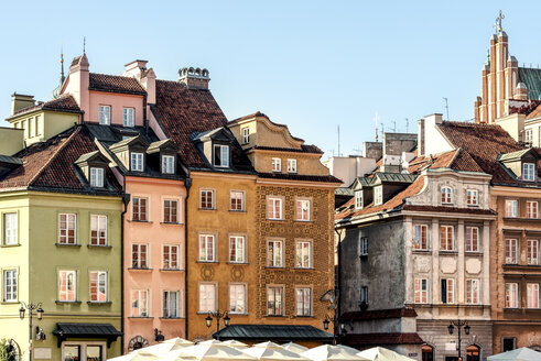 Poland, Warsaw, town houses in the old town - CSTF01269