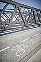 Germany, Hamburg, bicycle lane on a bridge - RORF00665