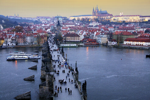 Czechia, Prague, cityscape with Charles Bridge at dusk seen from above - DSGF01514