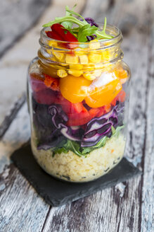 Glass of rainbow salad with bulgur, rocket and different vegetables - SARF03233