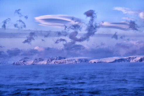 Arctic Ocean, clouds above the Barents Sea - DSGF01549