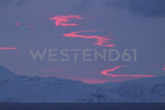 Arctic Ocean, Barents Sea at twilight - DSGF01555