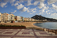 Spain, Catalonia, Blanes, beach and hotels at the sea with promenade terrace - ABOF00169