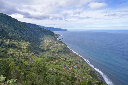 Portugal, Madeira, view of Arco de Sao Jorge on the north coast - RJF00667