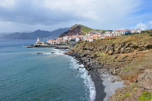 Portugal, Madeira, village on the peninsula Ponta de Sao Lourenco - RJF00679