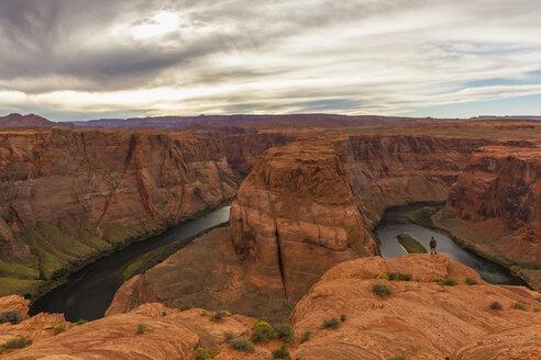 USA, Arizona, Page, Colorado River, Glen Canyon National Recreation Area, Horseshoe Bend - FOF09043