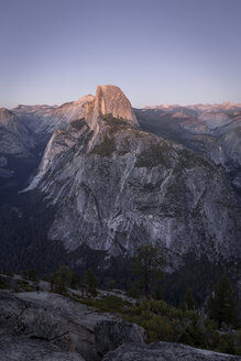 USA, California, Yosemite National Park, Glacier Point at sunset - EPF00396
