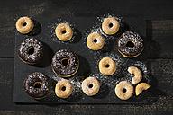 Doughnuts - MAEF12179